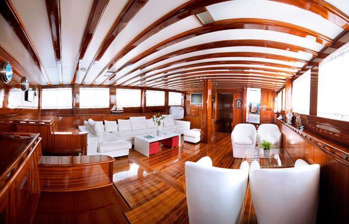 fotografía barcos de lujo
