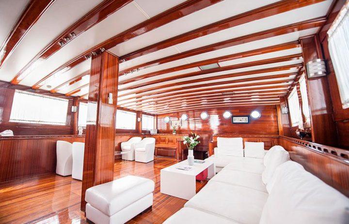 fotografía barcos de lujo en Valencia
