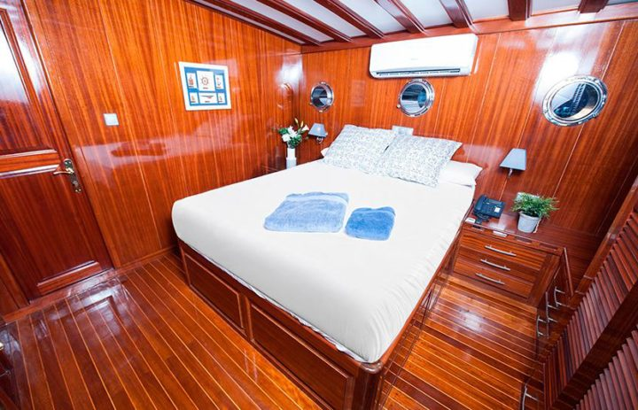 fotografía interior de embarcaciones de lujo Valencia
