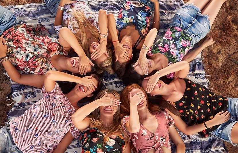 Sesión Fotográfica para Grupos de Amigas en Valencia