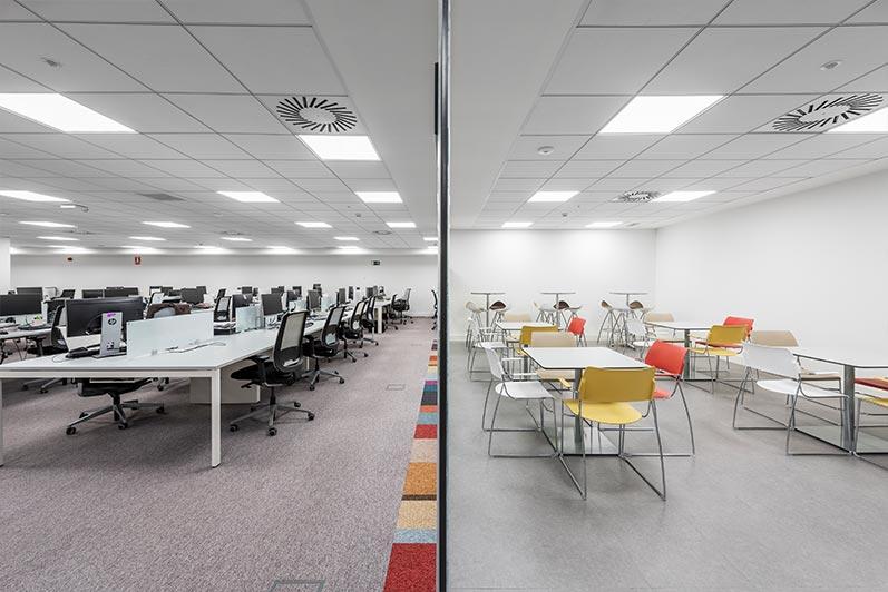 Fotografía de interiores de locales comerciales y oficinas