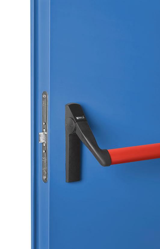 fotografía producto industrial cerradura puertas emergencias