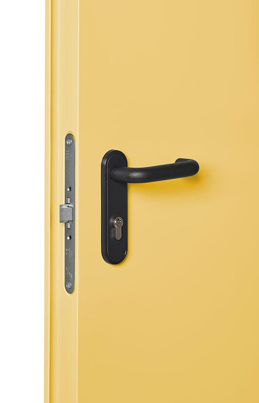fotografía producto industrial puertas cerradura y manivela